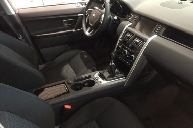 Land Rover Discovery Sport 2,0 TD4 4WD SE bei Fahrzeugbestand GB Premium Cars in Ihre Fahrzeugfamilie