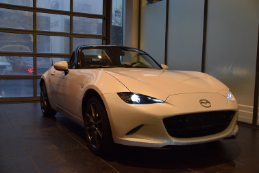 Mazda MX-5 G160 Revolution bei Fahrzeugbestand GB Premium Cars in Ihre Fahrzeugfamilie