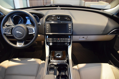 1406408684749_slide bei BM || GB Premium Cars in