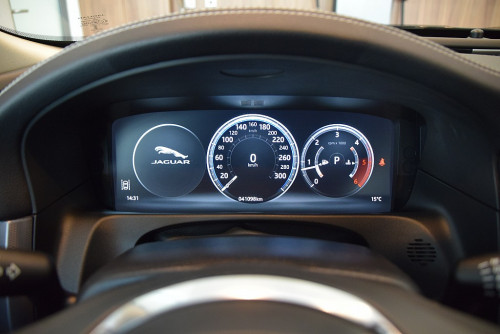 72979_1406418415409_slide bei BM || GB Premium Cars in