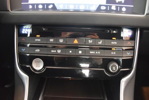 72979_1406418415419_slide bei BM || GB Premium Cars in
