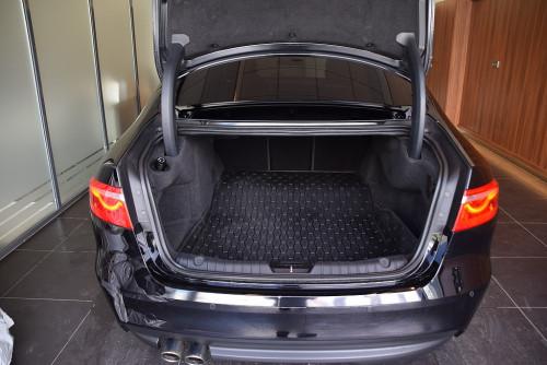 72979_1406418415431_slide bei BM || GB Premium Cars in