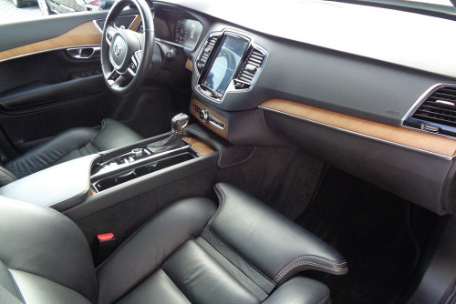 78285_1406472756051_slide bei BM || GB Premium Cars in