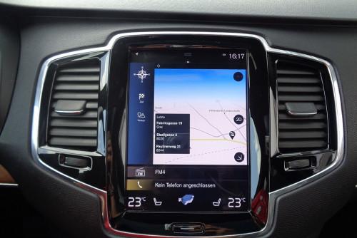 78285_1406472756105_slide bei BM || GB Premium Cars in