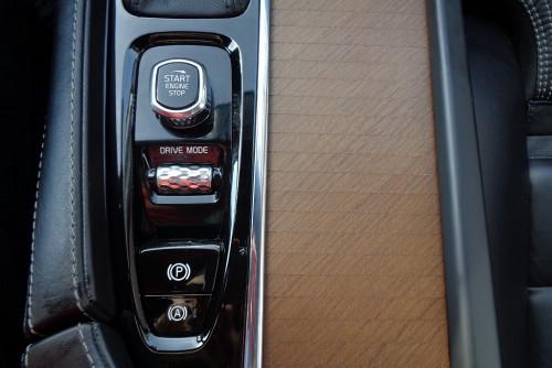 78285_1406472756141_slide bei BM || GB Premium Cars in