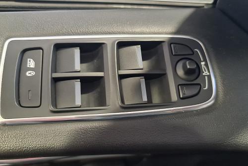78884_1406485015679_slide bei BM || GB Premium Cars in
