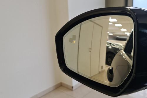 78884_1406485015699_slide bei BM || GB Premium Cars in