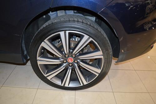 78884_1406485015804_slide bei BM || GB Premium Cars in