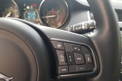 79383_1406483512107_slide bei BM || GB Premium Cars in