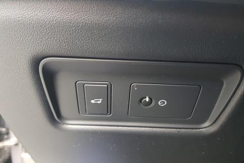 79648_1406484606105_slide bei BM || GB Premium Cars in