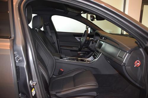 77559_1406431556843_slide bei BM || GB Premium Cars in