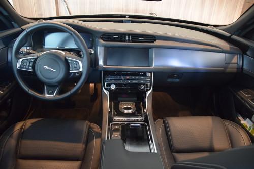 77559_1406431556845_slide bei BM || GB Premium Cars in