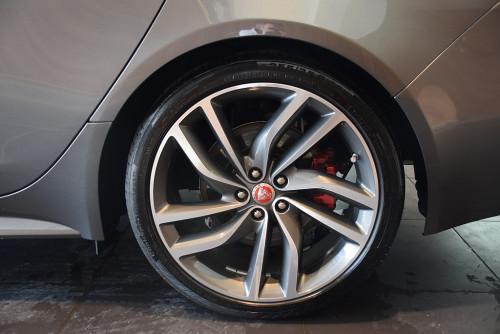 77559_1406431556867_slide bei BM || GB Premium Cars in